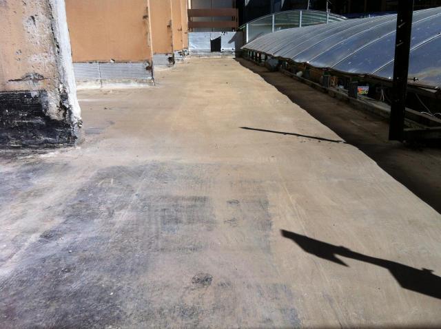 terrasse côté impair nettoyée
