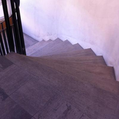 escalier balayé