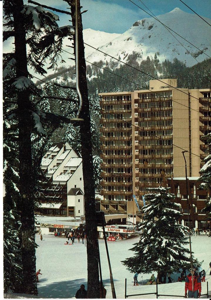 Vers 1980