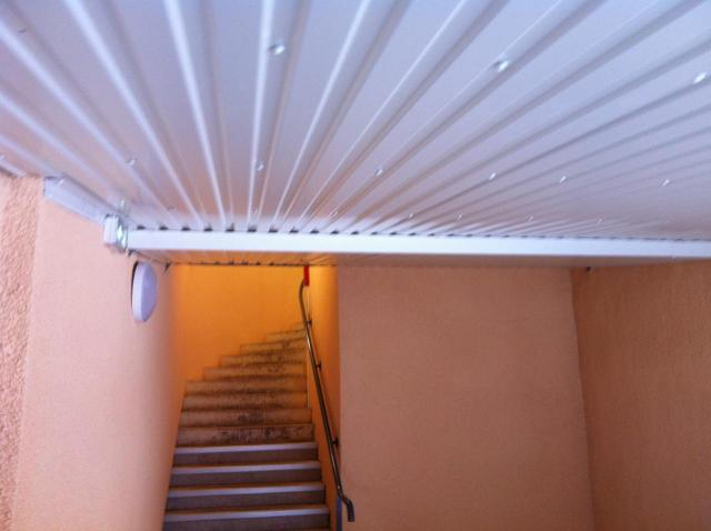 faux plafond auvent sud