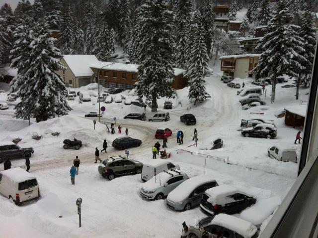 dimanche à 9h30 : les skieurs arrivent