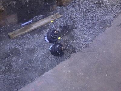 on voit bien la protection des tuyaux !