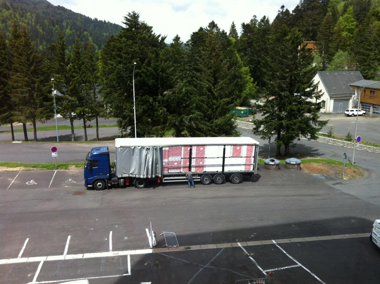 ce camion est pour sumène