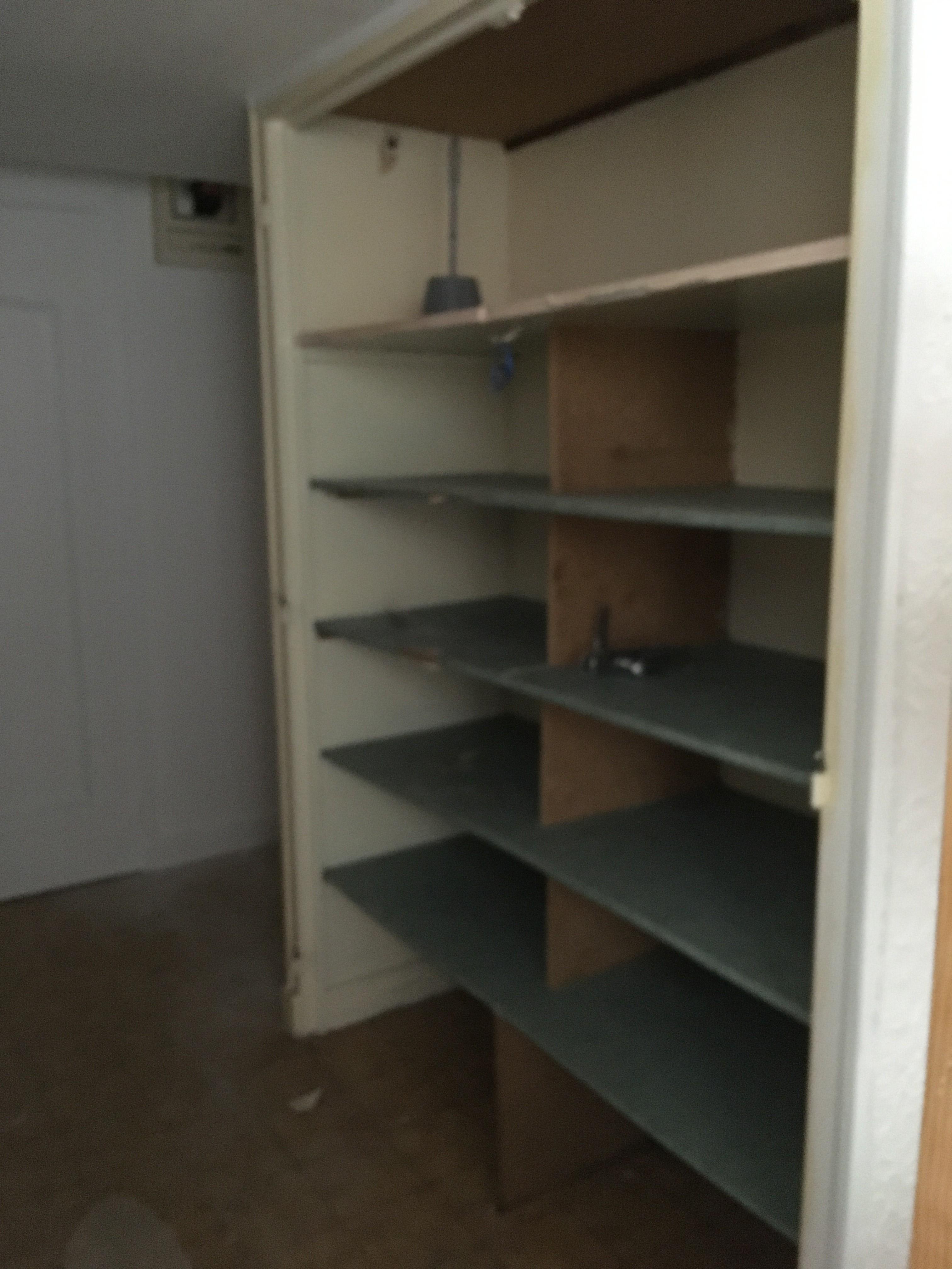 Img 9740 placard couloir chambre à rénover
