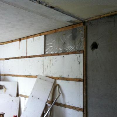 isolation studios angle col 24