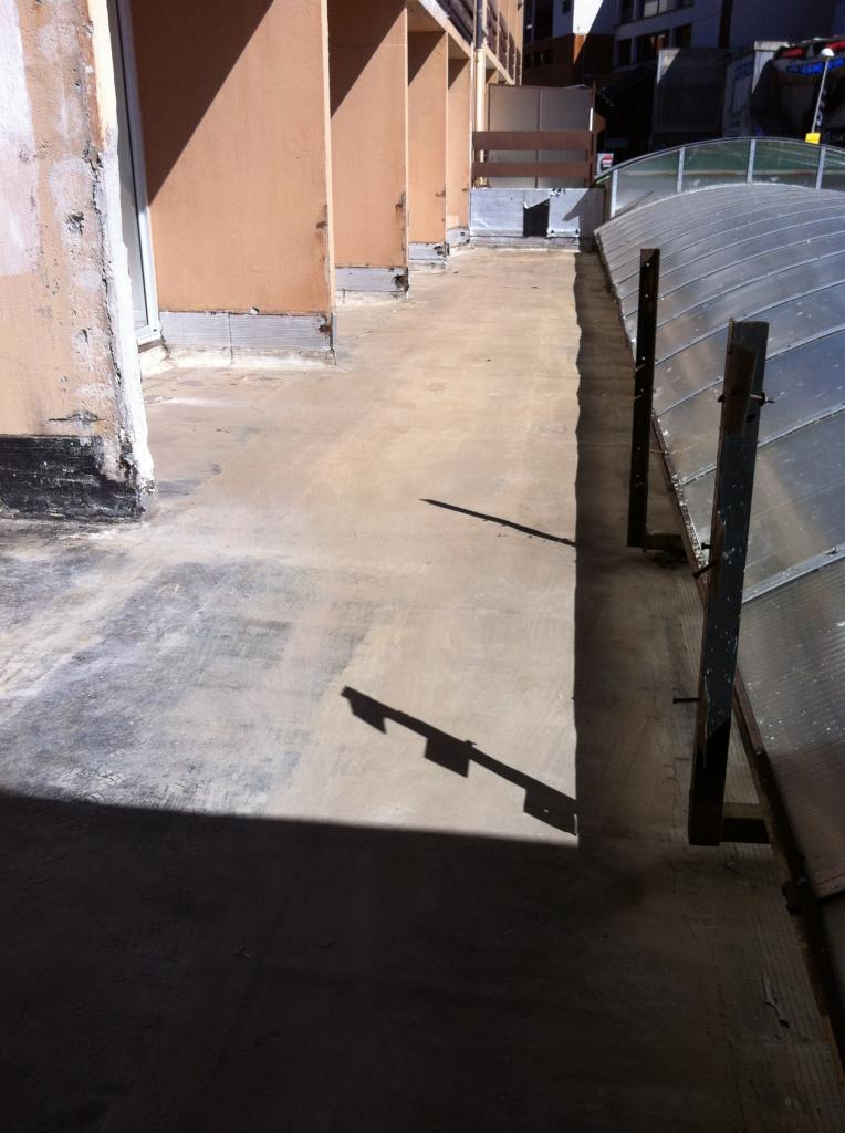 terrasse côté impair prête pour travaux