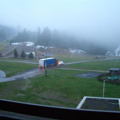 lundi 14 octobre : arrivée camions à 8.30