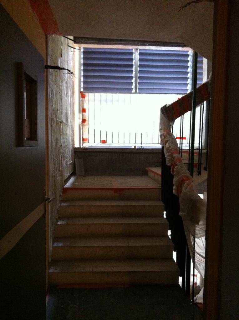 8 escalier avec ventelles posées