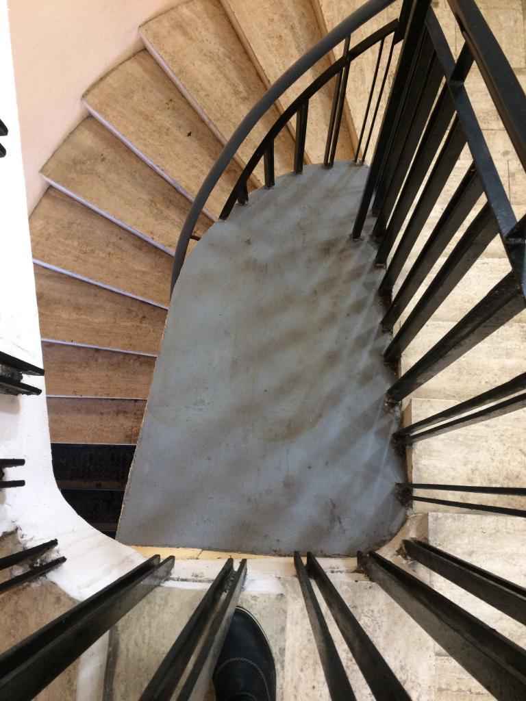 centre colimaçon escalier sud (2)