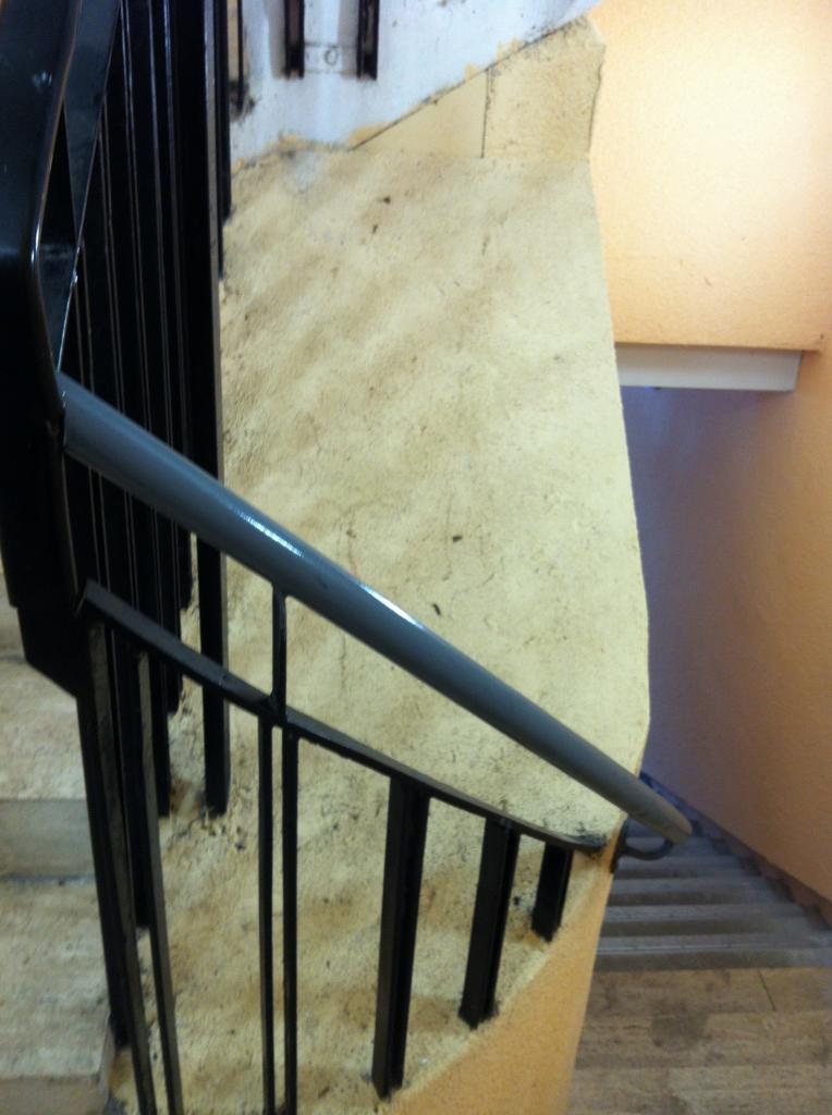 centre escalier à reprendre