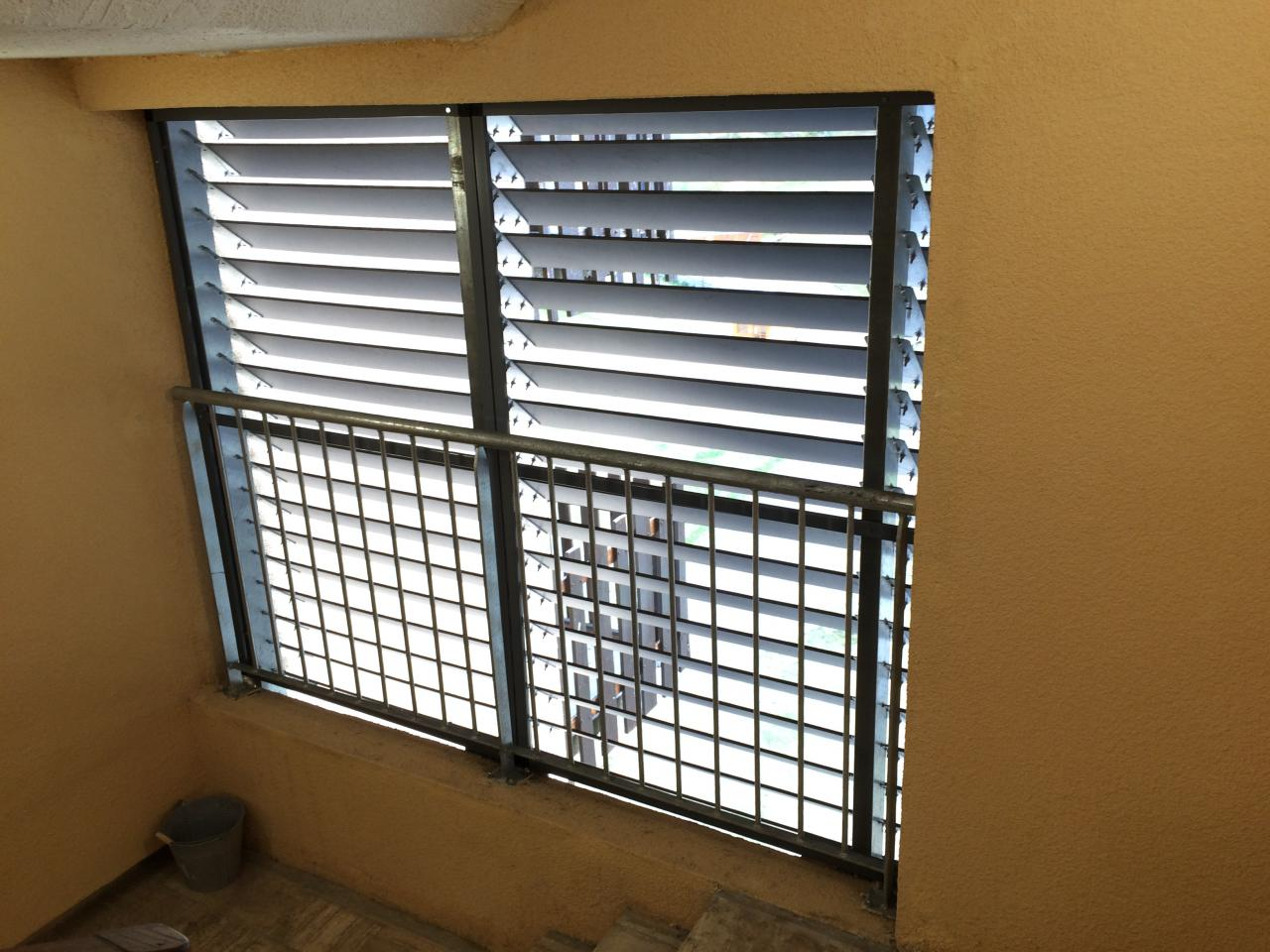 3 moustiquaire posée vue du haut
