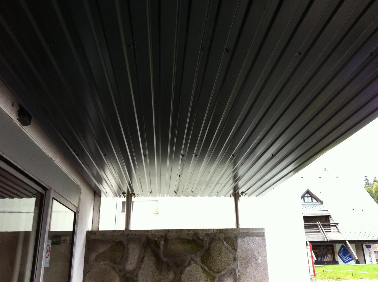 faux plafond côté tour