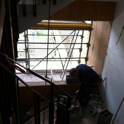 construction des murets anti feu côté colonne 12