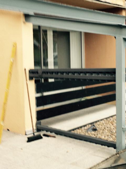 support des ventelles côté balcons impairs